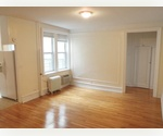 SunFilled Three Bed Room 1 Block for The Park and Subways